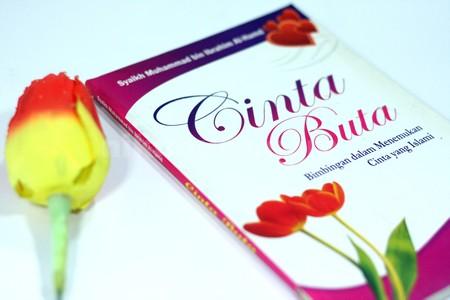 Buku Cinta Buta03