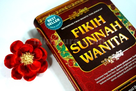 Buku Fikih Wanita03