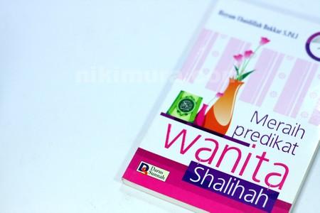 Buku Meraih Predikat Wanita Shalihah02