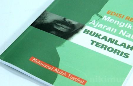 Buku Islam Mengikuti Ajaran Nabi Bukanlah Teroris